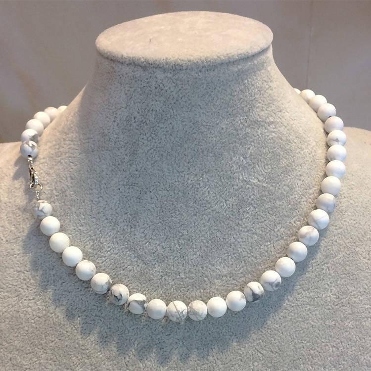 howlite Necklace, Natural Gemstone Jewels, natural stone healing bracelet, Beautiful natural gemstone necklace, Beautiful natural gemstone jewelry, Beautiful minerals jewelry, handmade jewelry with natural gemstones